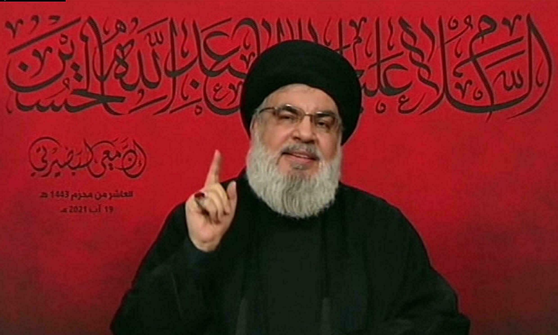 حسن نصرالله متزعم ميليشيا حزب الله اللبناني المدعوم من إيران يتحدث عن إبحار أول سفينة وقود من إيران إلى لبنان