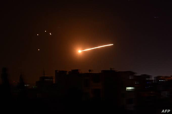 الطائرات شنت ثلاث غارات دمرت عربات تستخدمها الميليشيا المدعومة من إيران على الحدود العراقية السورية