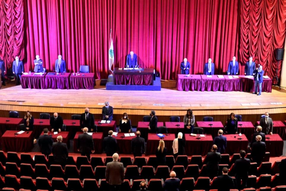 أصدرت الأمان العامة لمجلس النواب بيانا أكدت فيه أن التيار الكهربائي عاد ولم يكن هناك حاجة لمازوت إيراني أو مولدات