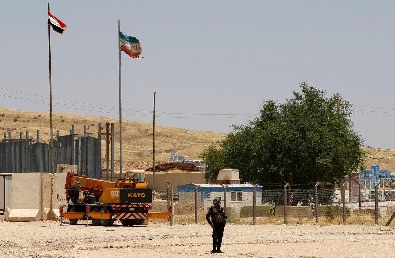 تستقر حاليا عدد من التنظيمات المسلحة الكردية المعارضة لإيران على الشريط الحدودي مع العراق